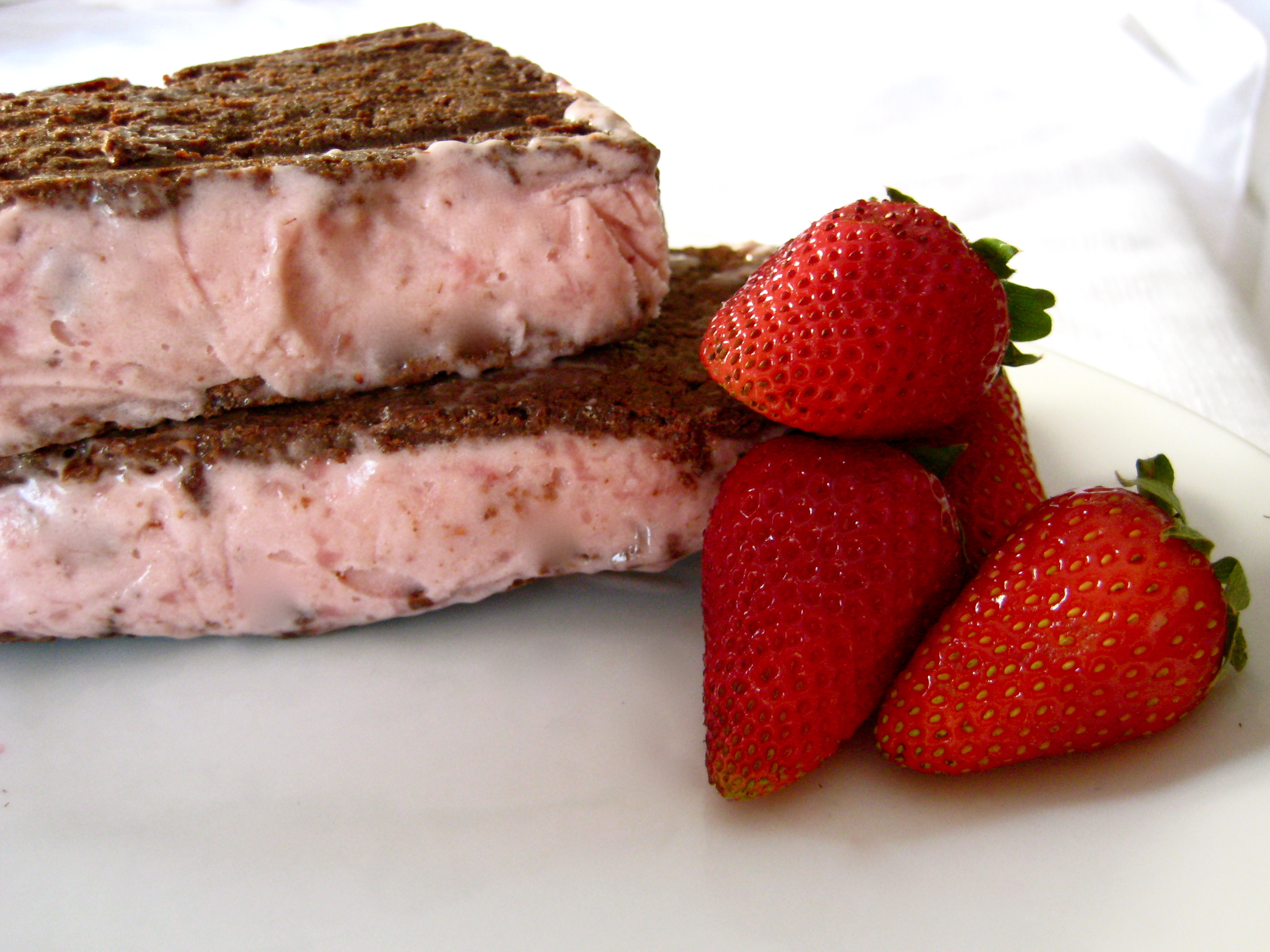Classic Ice Cream Sandwiches with Vegan Strawberry Ice Cream