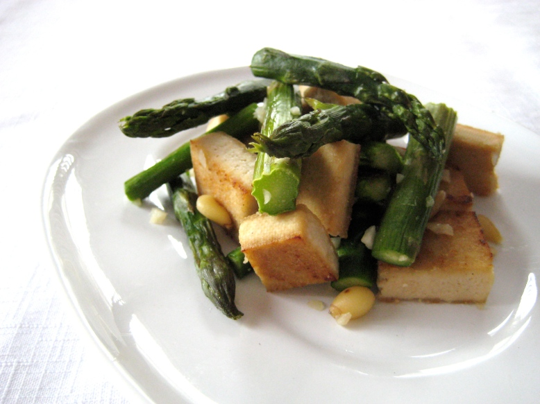 tofu and asparagus