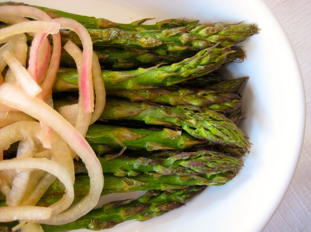 asparagus with onions