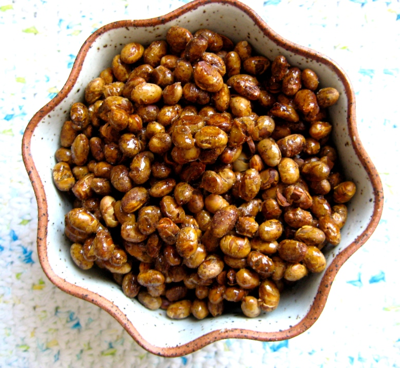 maple roasted soynuts