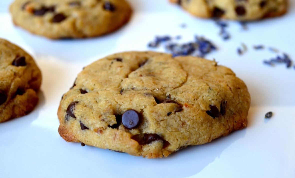 gluten-free vegan lavender chocolate chip cookies2