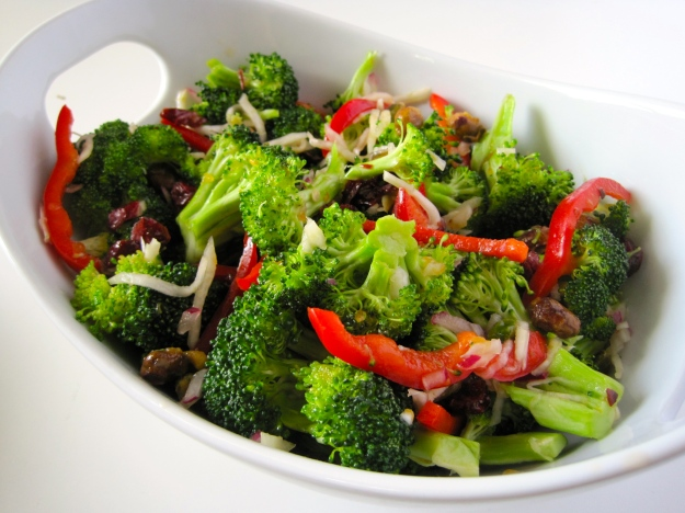 broccoli salad with apricot2