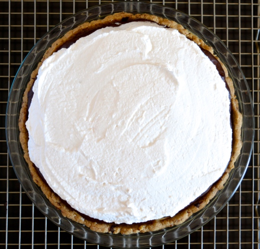 Banana-Tahini Carmel Chocolate Pudding Pie