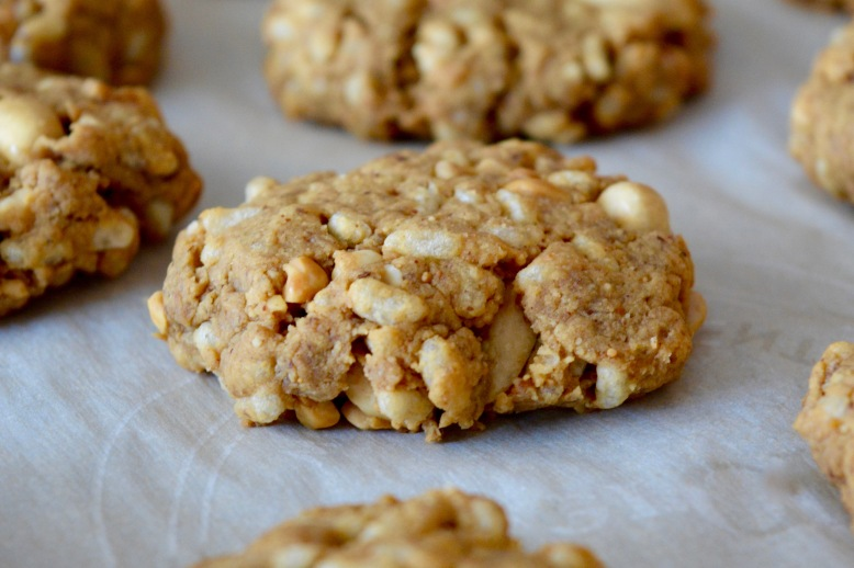 Flourless Crispy Rice Peanut Butter Cookies