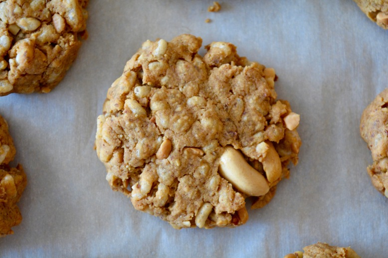 Flourless Crispy Rice Peanut Butter Cookies2